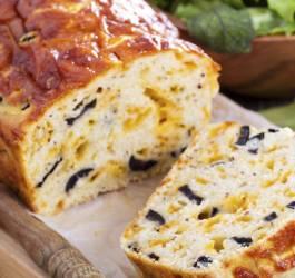 Recette de cake au tofu et aux olives
