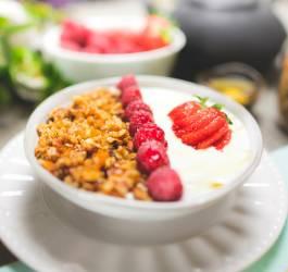 Mes Recettes granolas aux fruits frais & yaourt grec facile gourmand healthy diététique